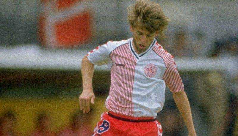 football-kits-90s-denmark-2