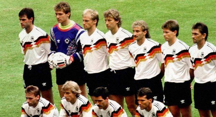 Форма сборной Германии по футболу - Stone Forest