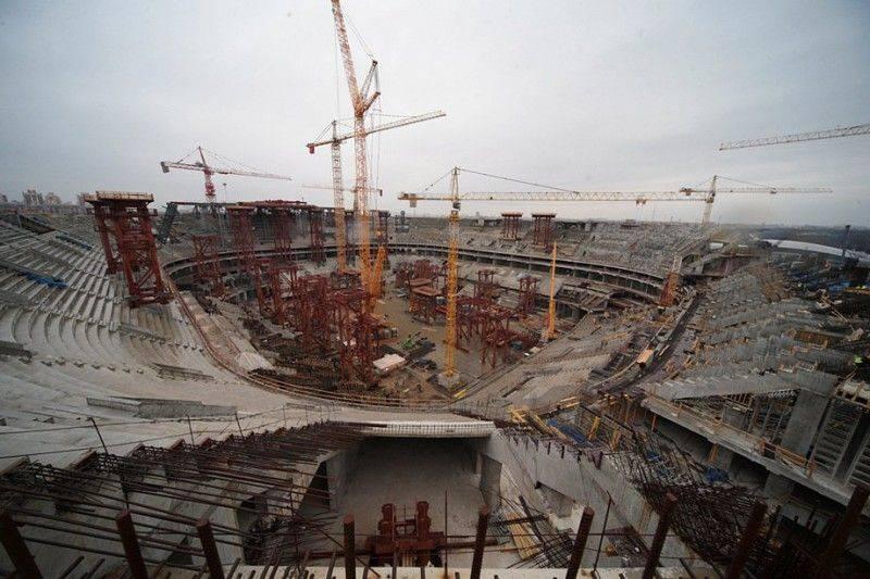 1411385562_499664-novyj-stadion-zenit-sankt-peterburg-rossija