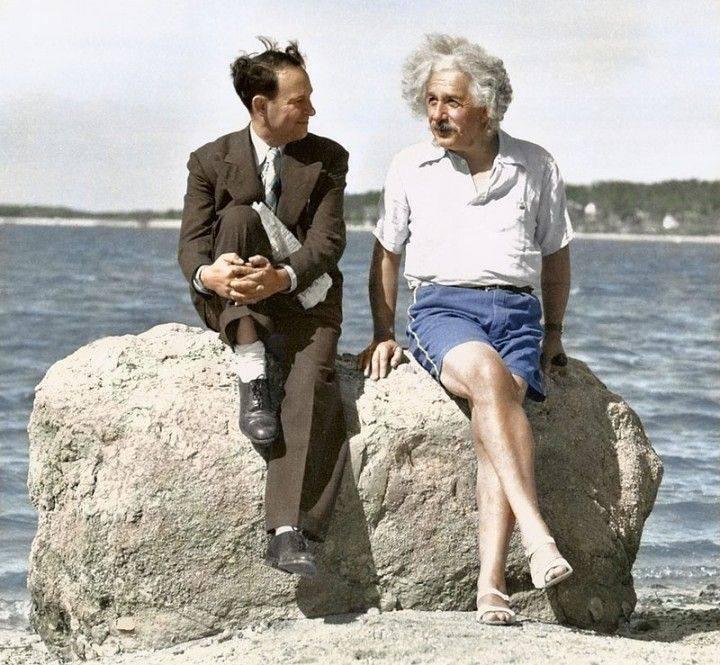 Альберт Эйнштейн. 1939 год - Stone Forest