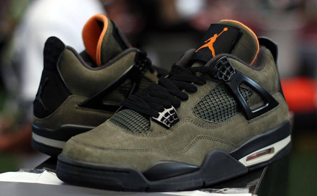 Air Jordan 4 - Stone Forest