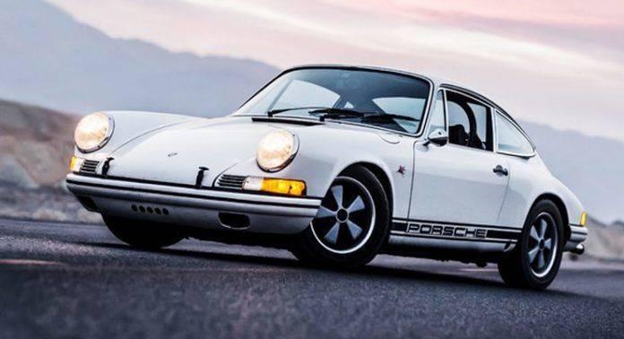 Porsche 911 - Stone Forest