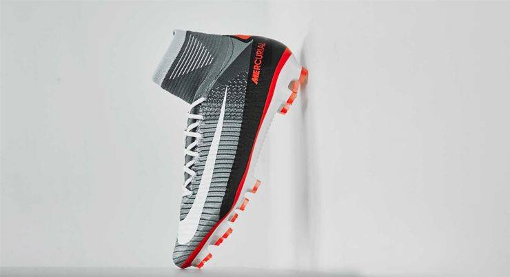 Nike Mercurial Superfly V x Air Max 90 - Stone Forest