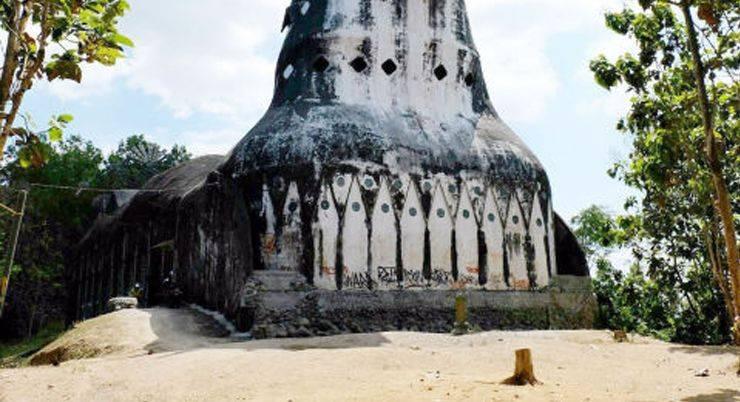 Церковь Чикен в Индонезии - Stone Forest