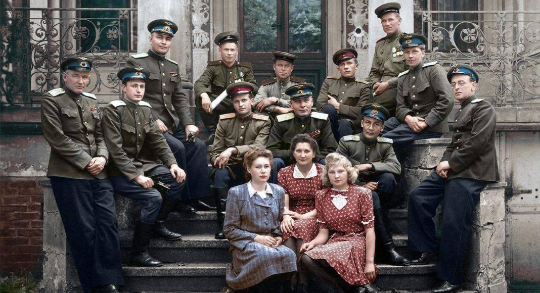 Цветные архивные кадры Советской армии времен ВОВ - Stone Forest