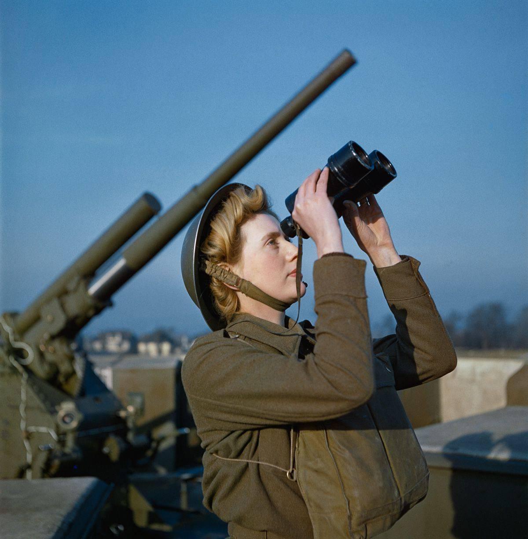 Фотографии британских солдат во Второй мировой войне - Stone Forest
