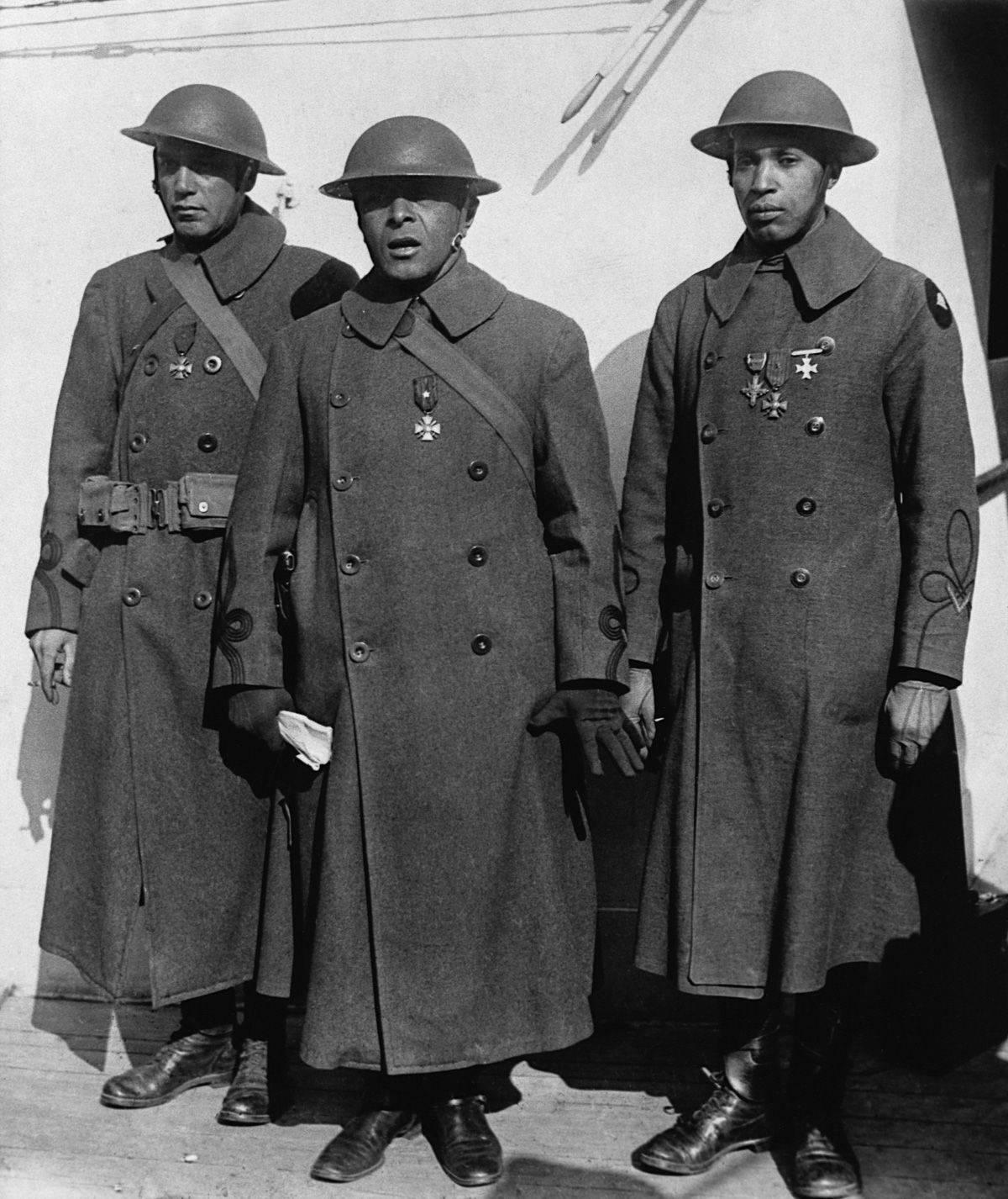 369-й пехотный полк армии США - Stone Forest