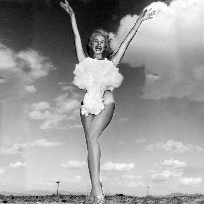 Miss Atomic Bomb 1957 год - Stone Forest