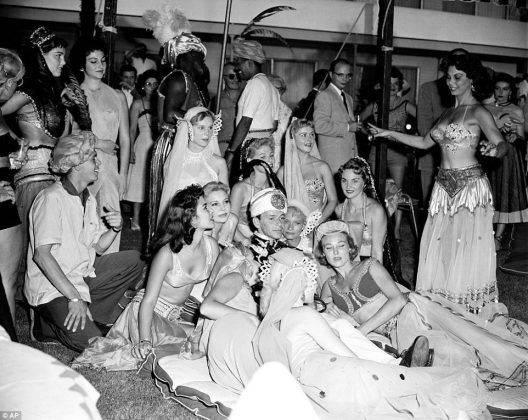 Фрэнк Синатра в Лас-Вегасе, 1955 год- Stone Forest