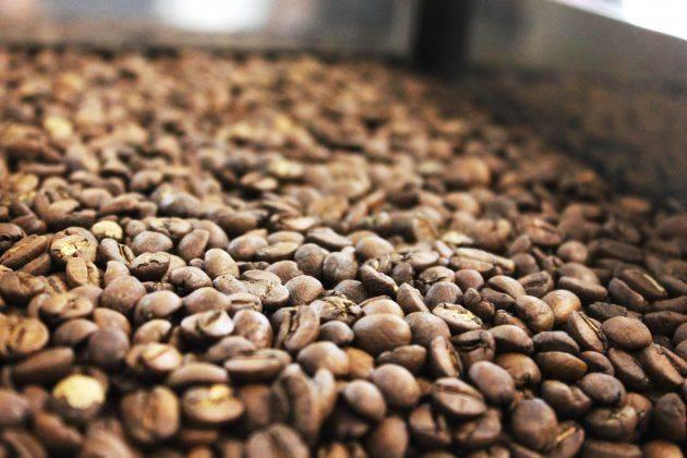 смарт кофе на вднх - обжарка кофейных зерен
