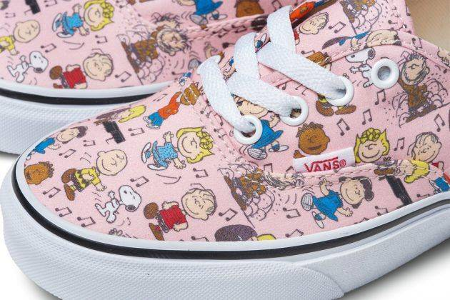 Коллекция Vans x Peanuts Holiday - Stone Forest