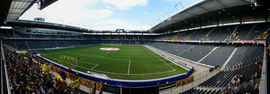 Стадион ФК Янг Бойз Берн Швейцария - Stone Forest