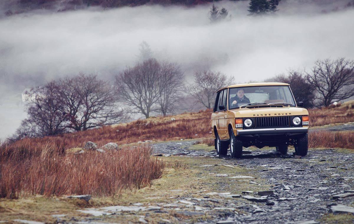 Ретро модель Range Rover Classic 1978 - Stone Forest