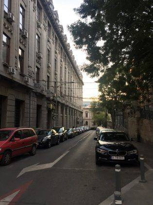 Улицы Бухареста - Stone Forest