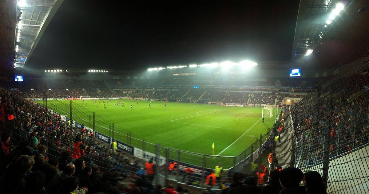 Стадион ФК Славия Прага - Stone Forest