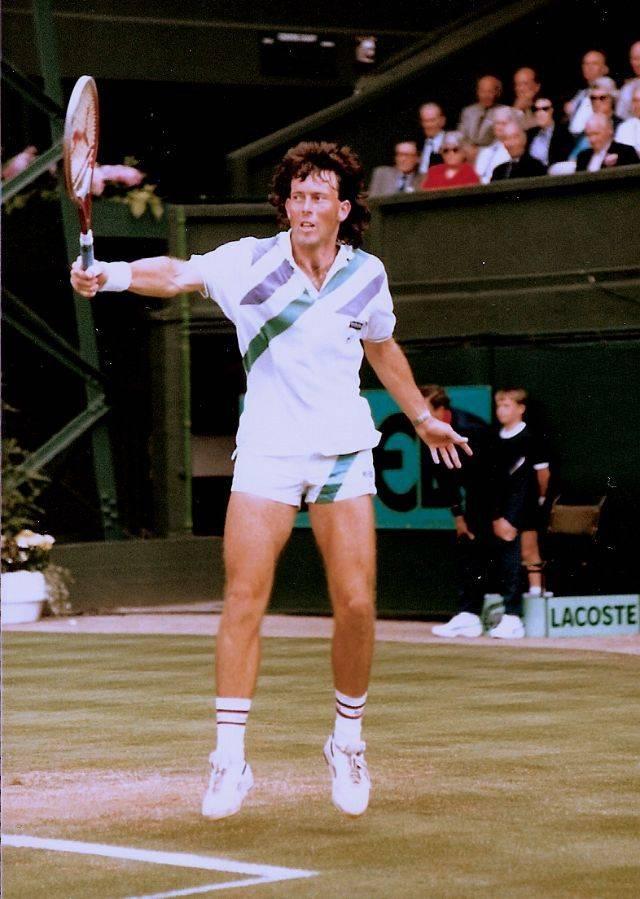 Теннисист Джереми Бейтс - Stone Forest