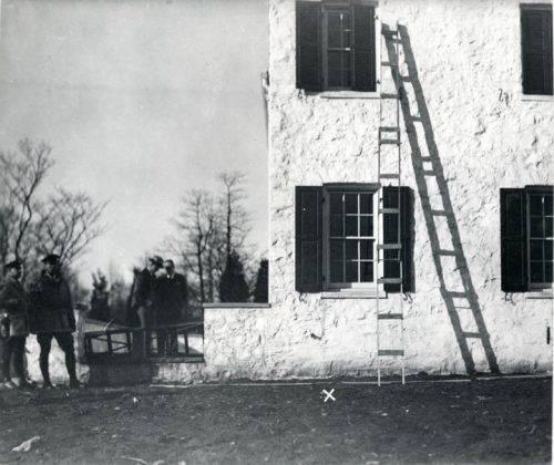 Место похищения сына Чарльза Линдберга - Stone Forest