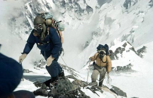 Альпинист и исследователь Эдмунд Хиллари - Stone Forest