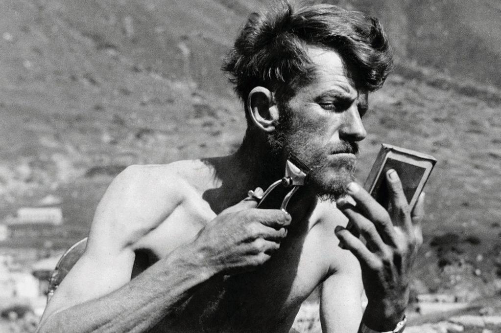 Эдмунд Хиллари и Эверест - Stone Forest