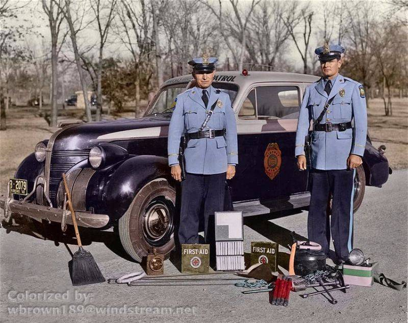 Полиция Канзаса 1940 год - Stone Forest