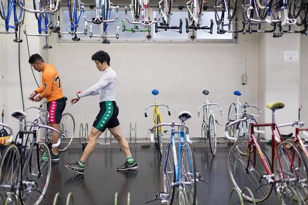 Велодром в Киото - Stone Forest