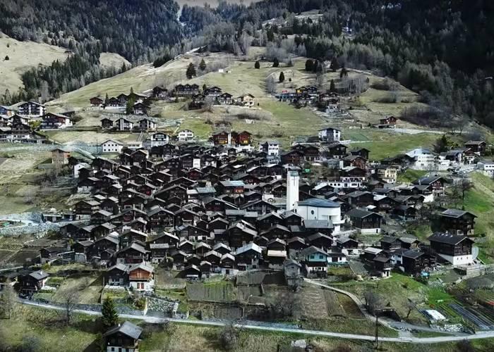 Поселение Альбинен Швейцария - Stone Forest
