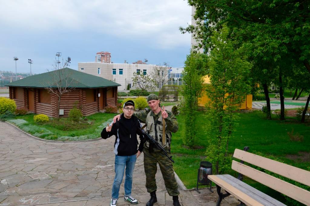 Поездка в Донецк в 2015 году, снимок с ополченцем