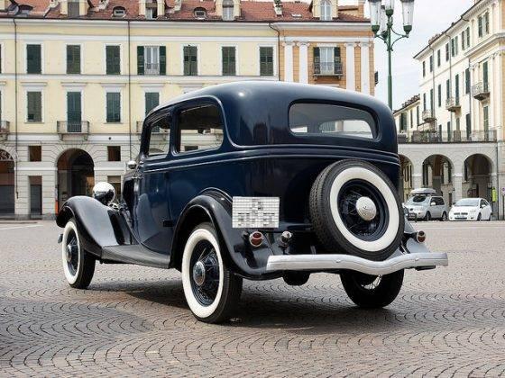 Модель автомобиля Ford V8 - Stone Forest