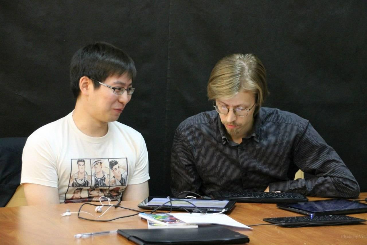 Евгений Федотов и Богдан Куликовских за работой - Stone Forest
