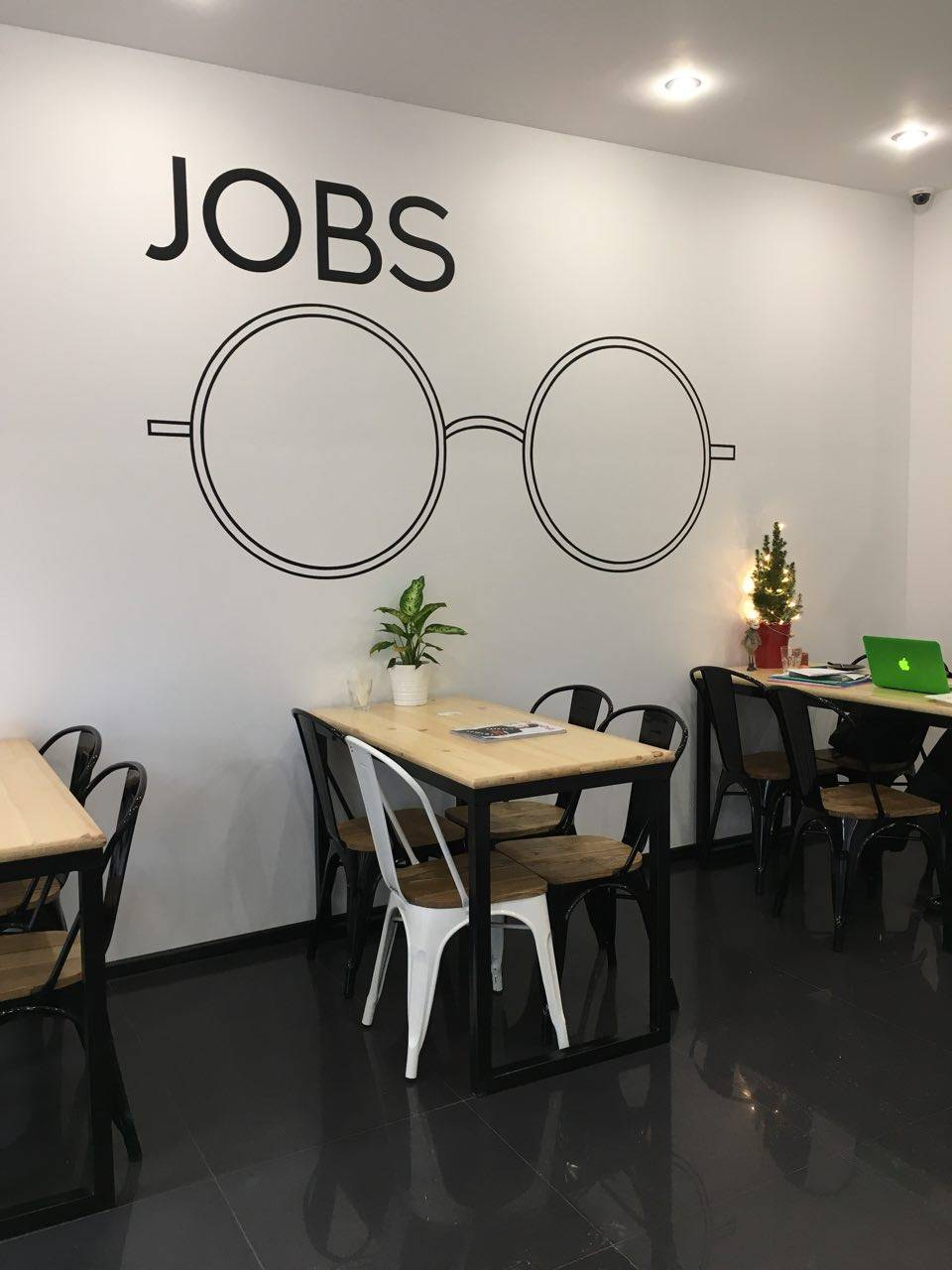 Jobs кофе и коворкинг