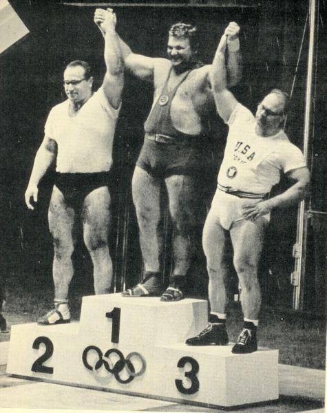 Чемпион Леонид Жаботинский - Stone Forest