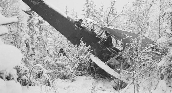 Упавший советский самолет в Финляндии - Stone Forest