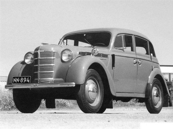 Автомобиль Москвич-400 - Stone Forest