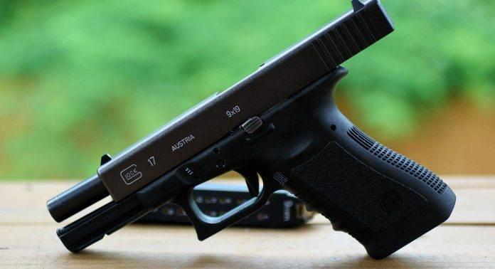 Пистолет Glock 17 - Stone Forest