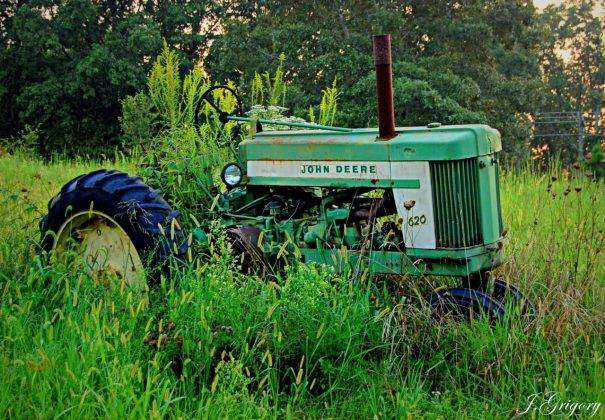 Сельскохозяйственная техника John Deere - Stone Forest