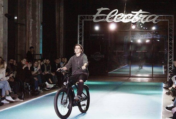 Модный показ новых велосипедов Electra в Москве - Stone Forest
