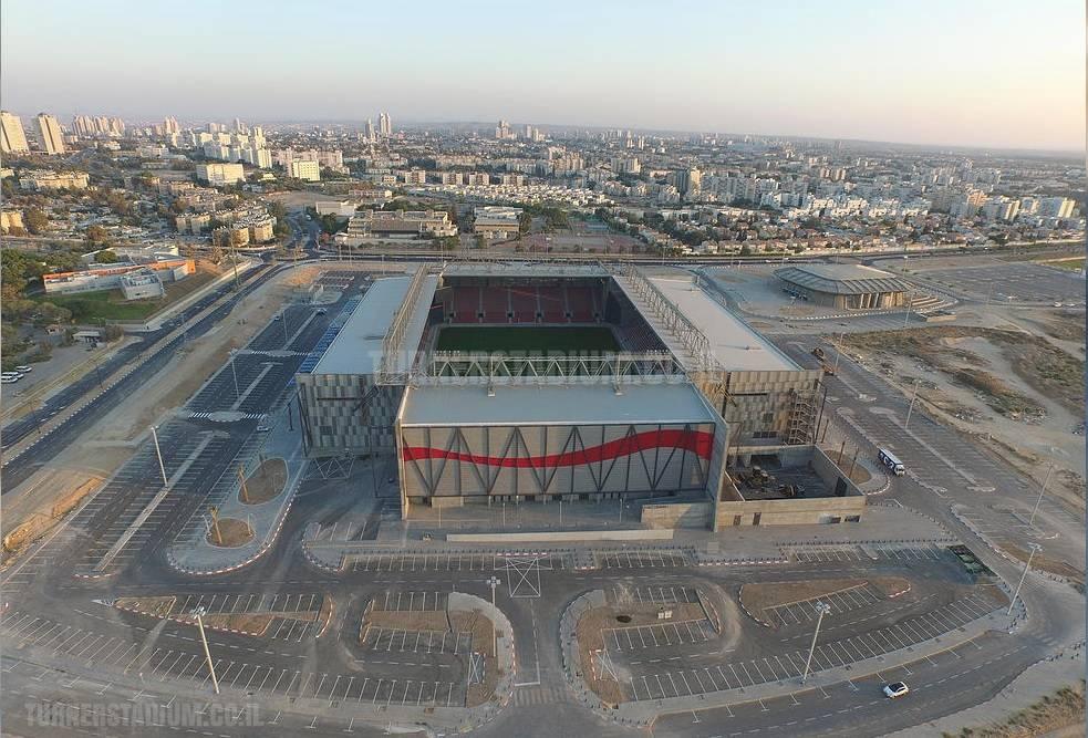 Стадион Хапоэль Беэр-Шева - Stone Forest