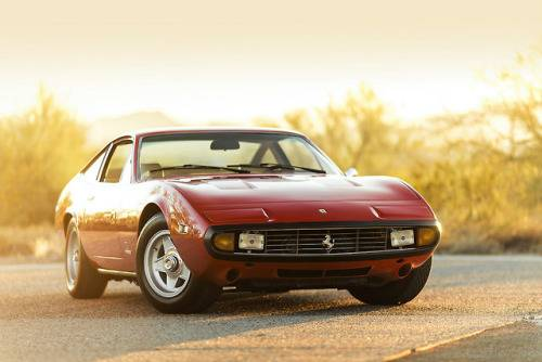 Автомобиль Ferrari 365 - Stone Forest