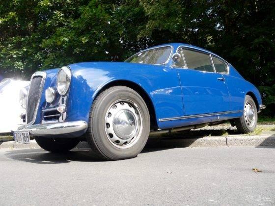Модель авто Lancia Aurelia - Stone Forest