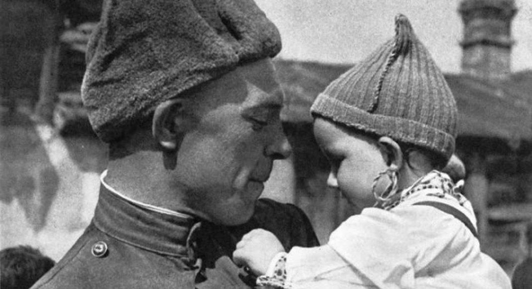 Фотографии советских солдат времен ВОВ - Stone Forest