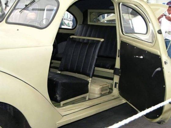 Автомобиль Volkswagen Typ 82 - Stone Forest