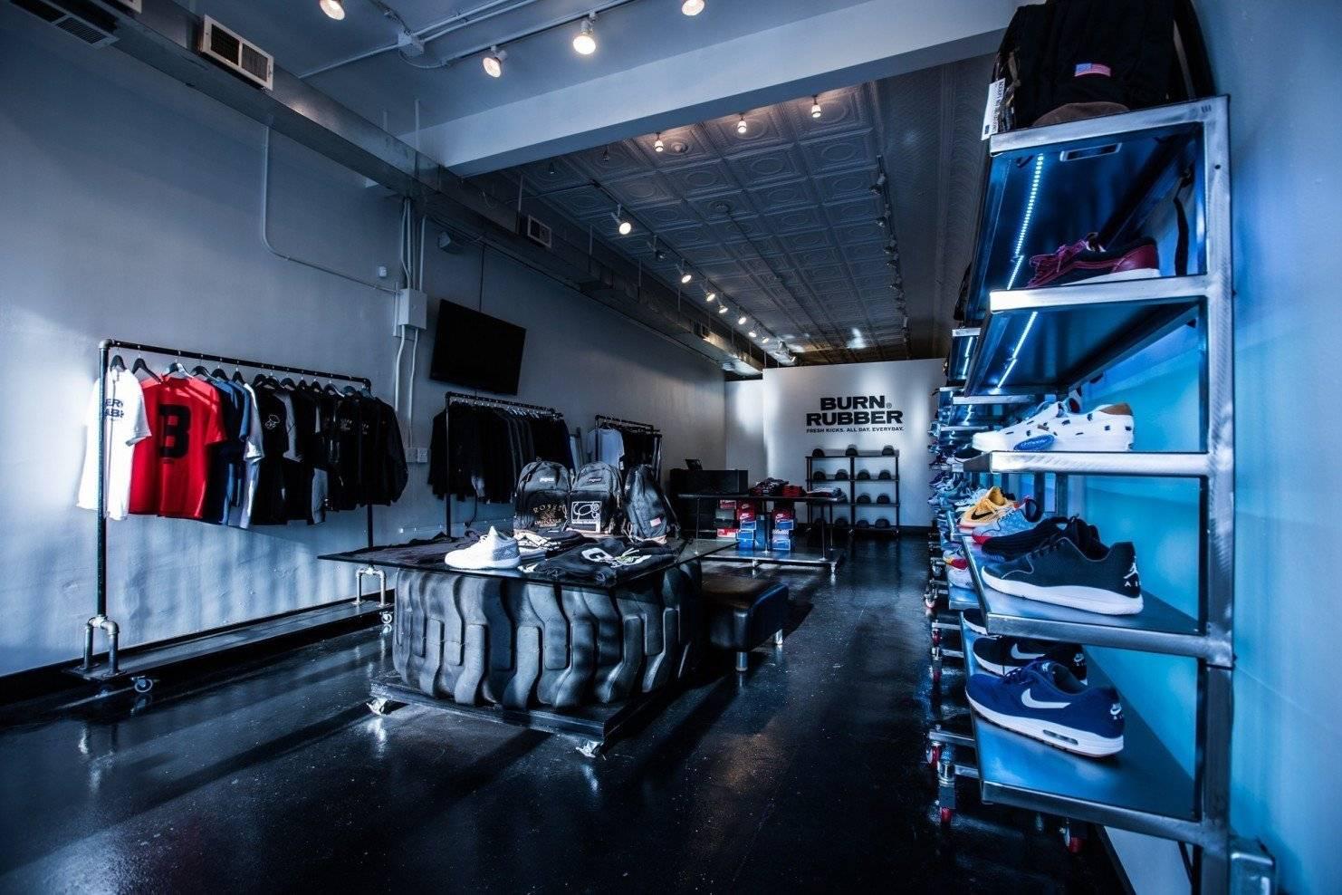 Магазин Burn Rubber — центральный сникер-бутик Детройта