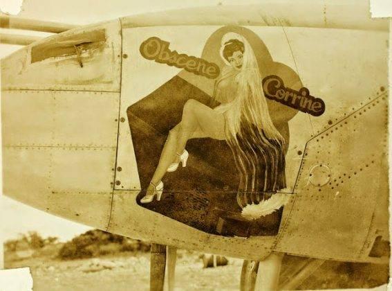 Рисунки раздетых девушек на борту самолета - Stone Forest