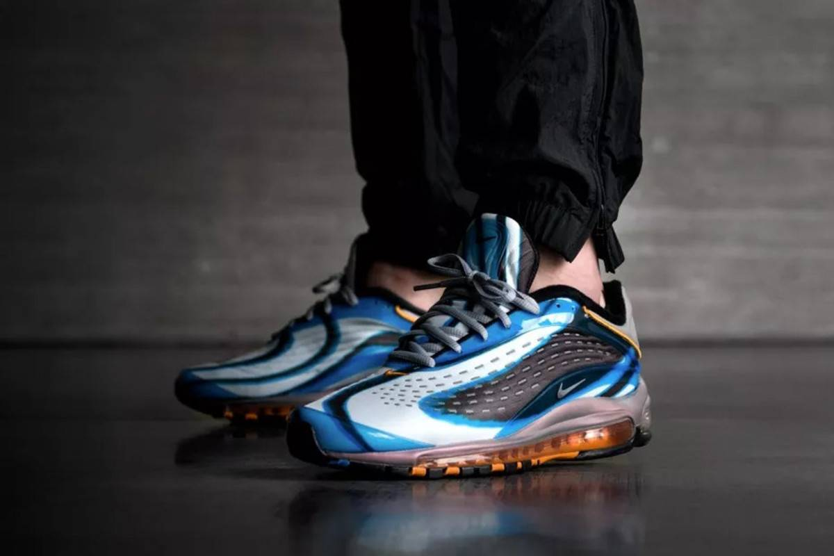 Модель Nike Air Max Deluxe - Stone Forest