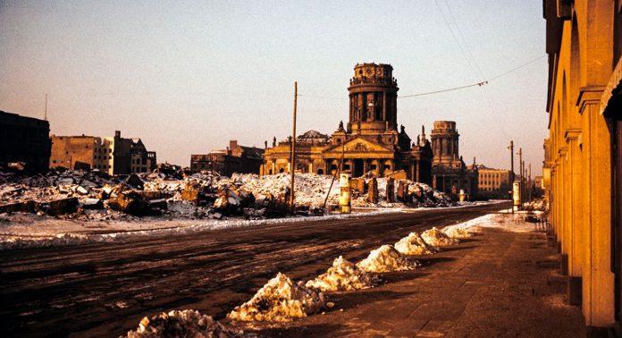 Разрушенный Берлин - Stone Forest