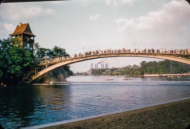 Берлин в 1950-х годах - Stone Forest