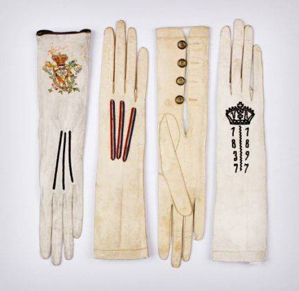 Dents Gloves - Stone Forest
