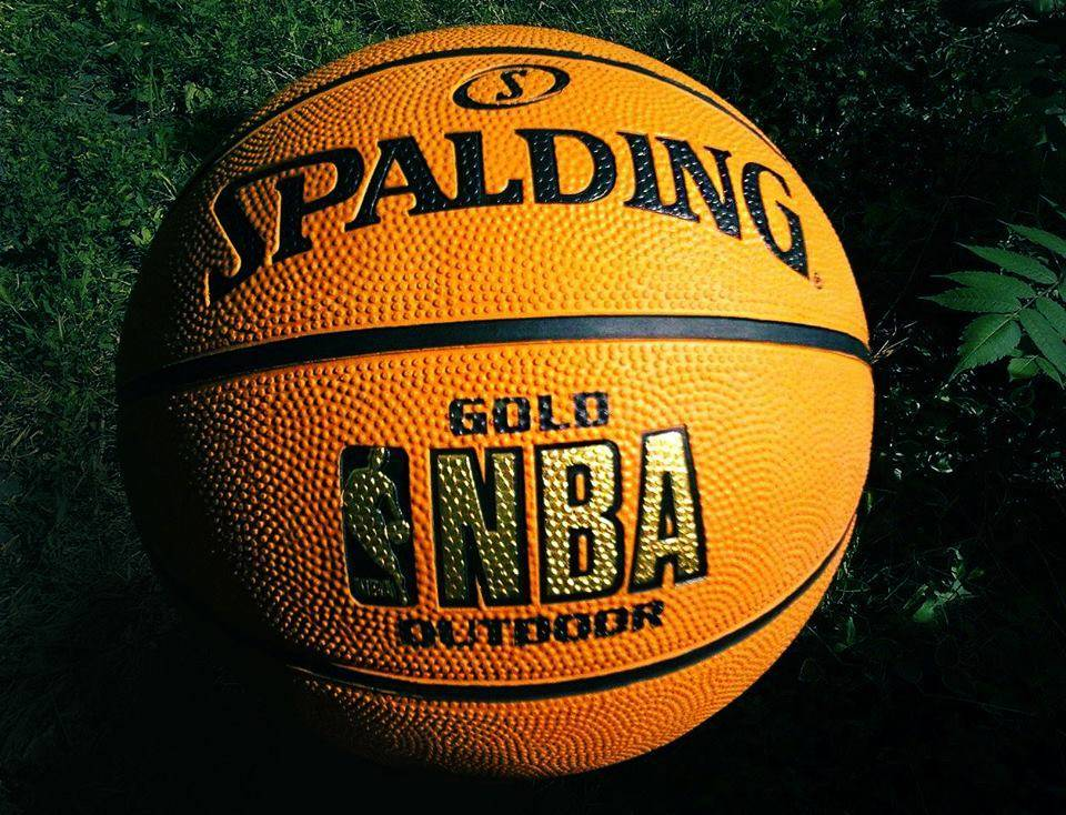 Spalding и NBA - Stone Forest