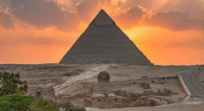 Пирамида Хеопса - Stone Forest