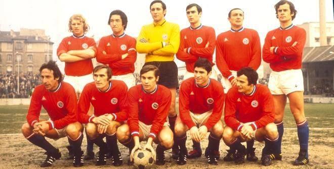 Команда ПСЖ 1970 год - Stone Forest